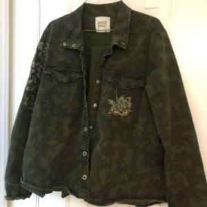 Vintage Cammo Embroidered Jacket Size Large